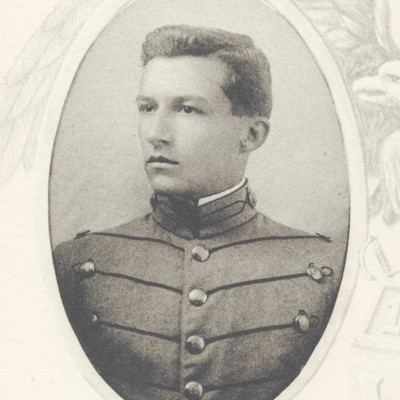 Gabriel Bradstreet Peaseley Jr. senior portrait from the 1912 VPI Bugle.jpg