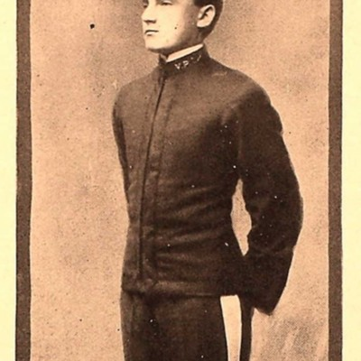 James Oscar Mundy senior portrait from the 1907 VPI Bugle.jpg