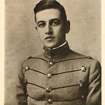 John Melville Sanderson senior portrait from the 1914 VPI Bugle.jpg