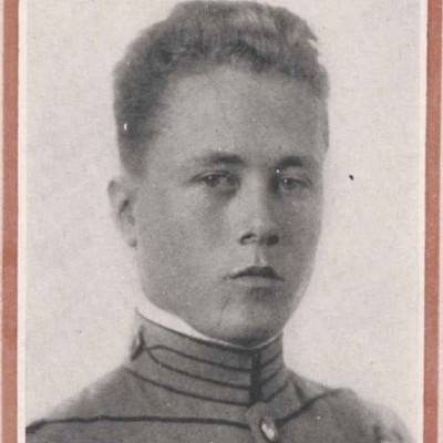 Edward Bouldin Burwell senior portrait from the 1916 Bugle.jpg