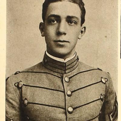 Gilmer Anthony Warfield senior portrait from the 1914 VPI Bugle.jpg