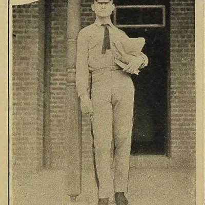 Walter Lee Turner, Jr picture from the 1920 VPI Bugle.jpg