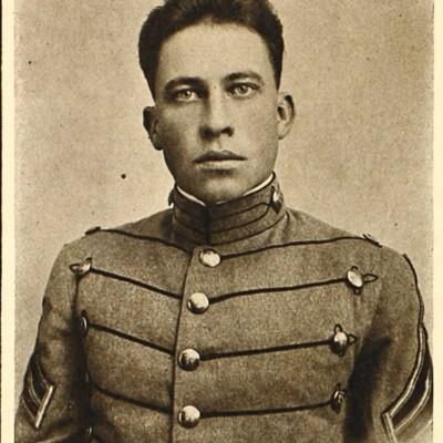 William Hamilton Wade, Jr. senior portrait from the 1914 VPI Bugle.jpg