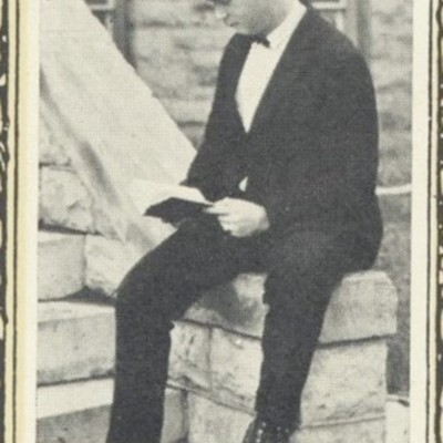 Otway Giles Bailey Jr. from the 1923 VPI Bugle picture.jpg