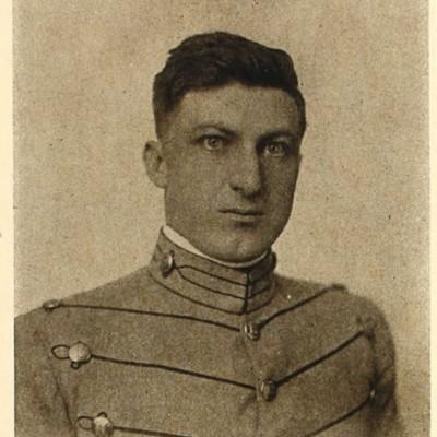 William Franklin Effinger senior portrait from the 1914 VPI Bugle.jpg