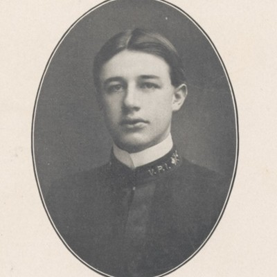 Douglas M. Borum senior portrait from the 1904 VPI Bugle.jpg