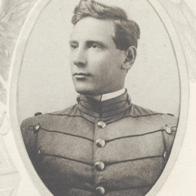 Robert Chauncey Macon senior portrait from the 1912 VPI Bugle.jpg