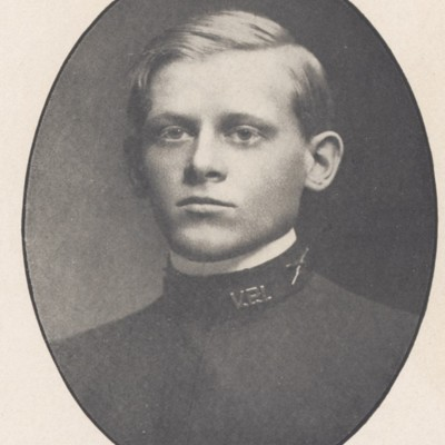 Louis Frederick Schroeder senior portrait from the 1908 VPI Bugle.jpg