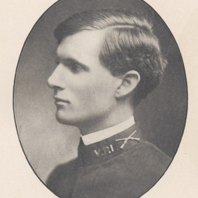 John Stanton Stringfellow senior portrait from the 1908 VPI Bugle.jpg