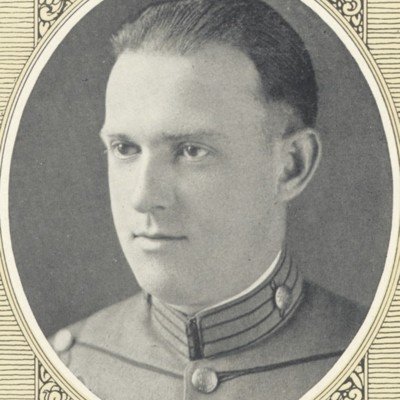 Earle Davis Gregory senior portrait from the 1923 VPI Bugle.jpg