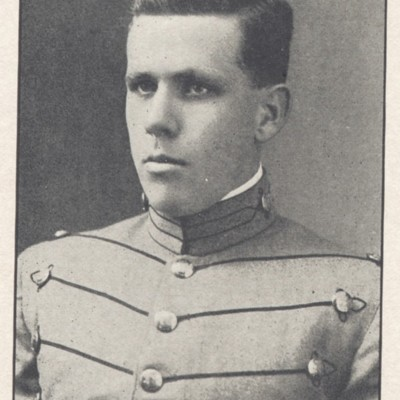 Nathan David Hargrove senior portrait from the 1910 VPI Bugle.jpg