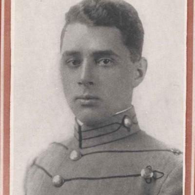 Oliver Bruce Ross senior portrait from the 1916 Bugle.jpg
