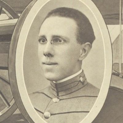 William Swift Waugh senior portrait from the 1911 VPI Bugle.jpg