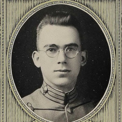 Royce Elmo Charlton portrait from the 1922 VPI Bugle.jpg