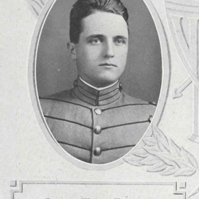 Clifford Wilson Hubbard senior portrait from the 1913 VPI Bugle.jpg