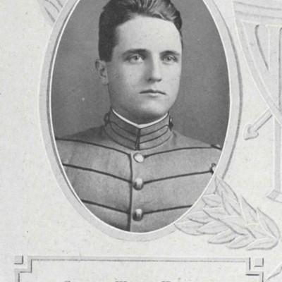 Clifford Wilson Hubbard senior portrait from the 1913 VPI Bugle.jpg
