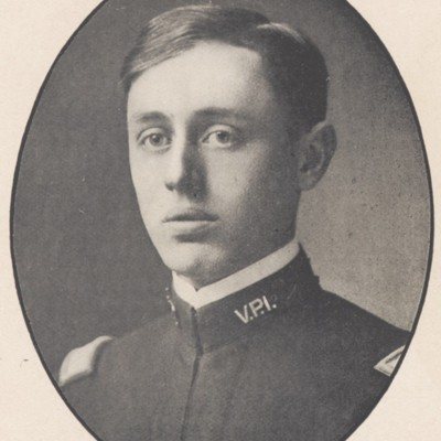 John Dalrymple Powell senior portrait from the 1908 VPI Bugle.jpg