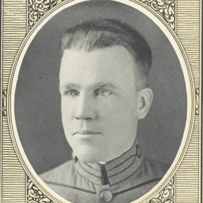 Sam Davis Preston portrait from the 1923 VPI Bugle.jpg