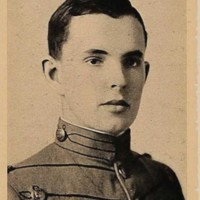 Robert Maskell Patterson Jr. senior portrait from the 1917 Bugle (2).jpg