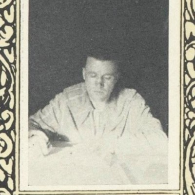 Sam Davis Preston picture from the 1923 VPI Bugle.jpg