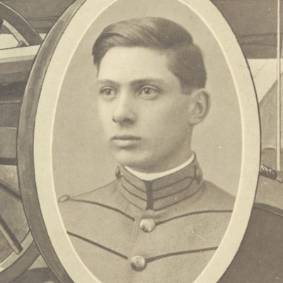 William Saunders Roberts senior portrait from the 1911 VPI Bugle.jpg