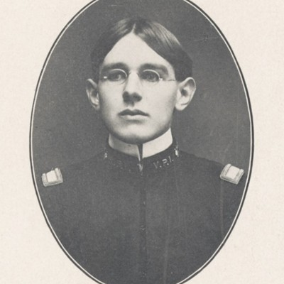 Daniel Edward Wright senior portrait from the 1904 VPI Bugle.jpg