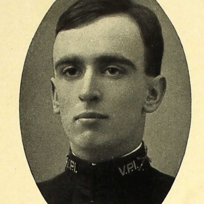 Edward Cone Ainsle senior portrait from the 1909 VPI Bugle.jpg