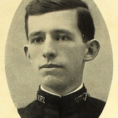Walter Bramblette Martin senior portrait from the 1909 VPI Bugle.jpg
