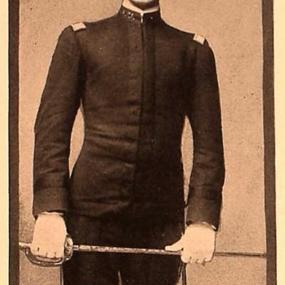 Lloyd William Williams senior portrait from the 1907 VPI Bugle.jpg